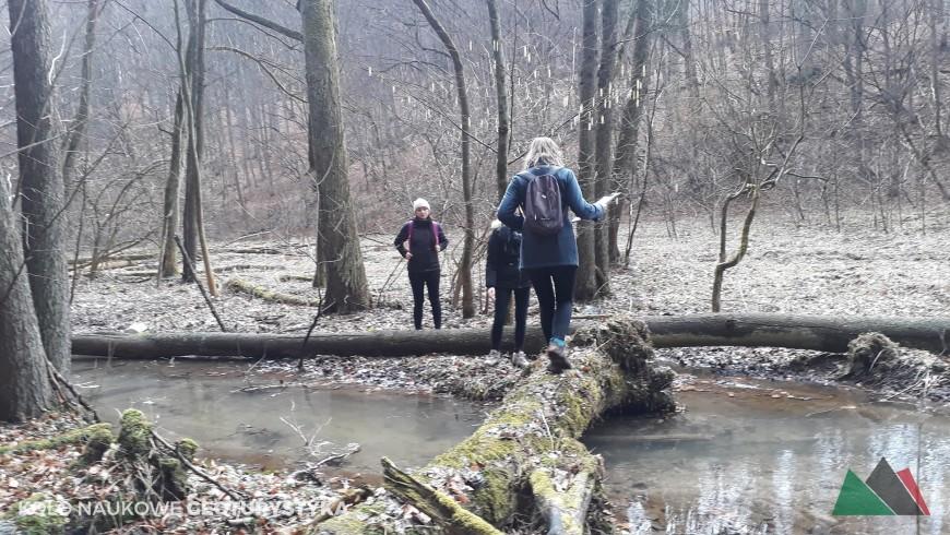 Jurajska szkoła przetrwania, czyli zwiad terenowy w Dolinie Szklarki