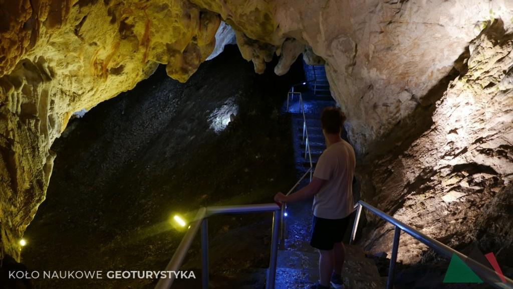 Jaskinia Vrelo
